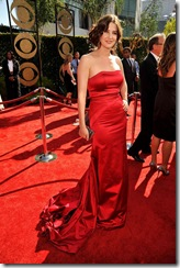 Actress Cobie Smulders arrives at the 61st Primetime Emmy Awards